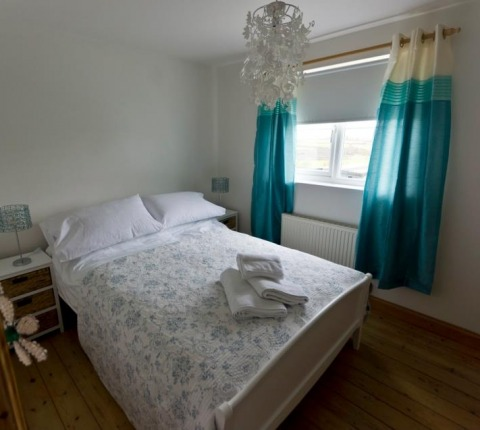 Master bedroom, Cribba Cottage, one of Latitude50's Port Isaac Self-catering properties