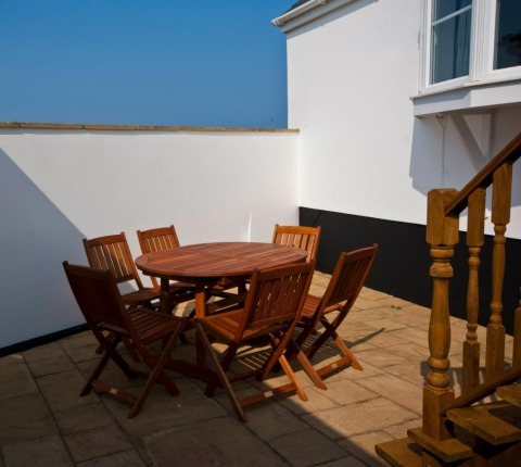 The enclosed, private sunny courtyard at Cribba, a Port Isaac holiday cottage