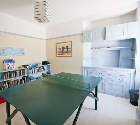 1 Pentire View, games room