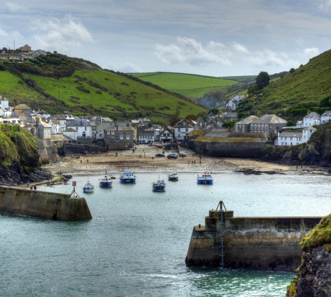 The harbour, Port Isaac, Cornwall is a short walk from Cribba, a Latitude 50 holiday cottage in Port Isaac.